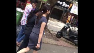 Cute Indian Ass in tight skirt